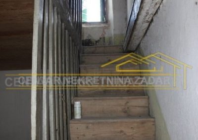 house for renovation 25